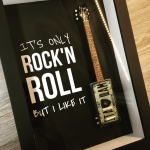 Quadro It's Only Rock'n Roll com Mini Guitarra
